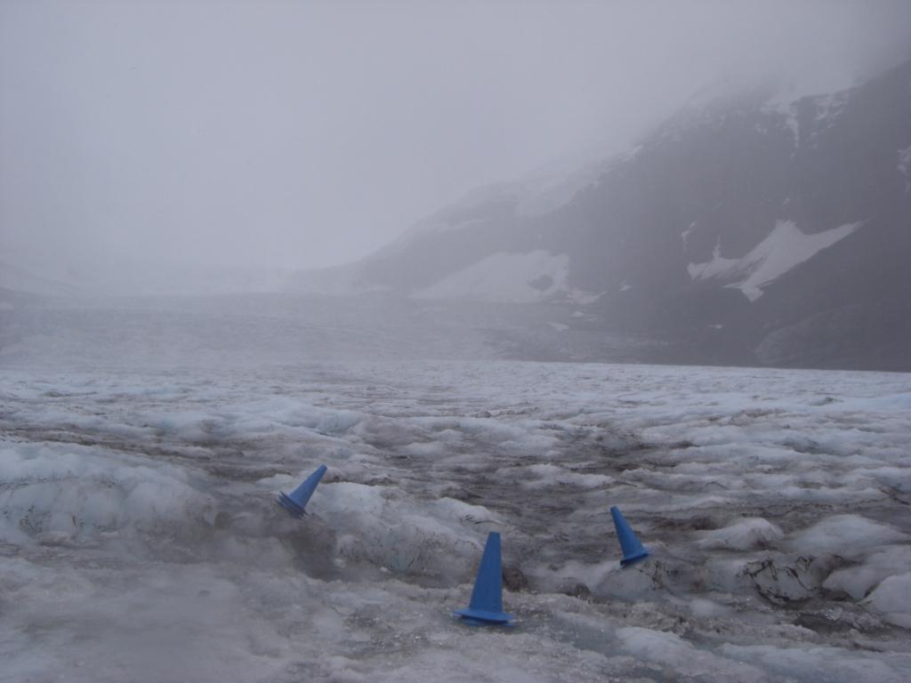 Absperrungen auf dem Athabasca Glacier