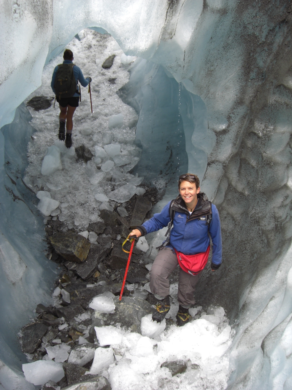 Anna vorm Eistunnel