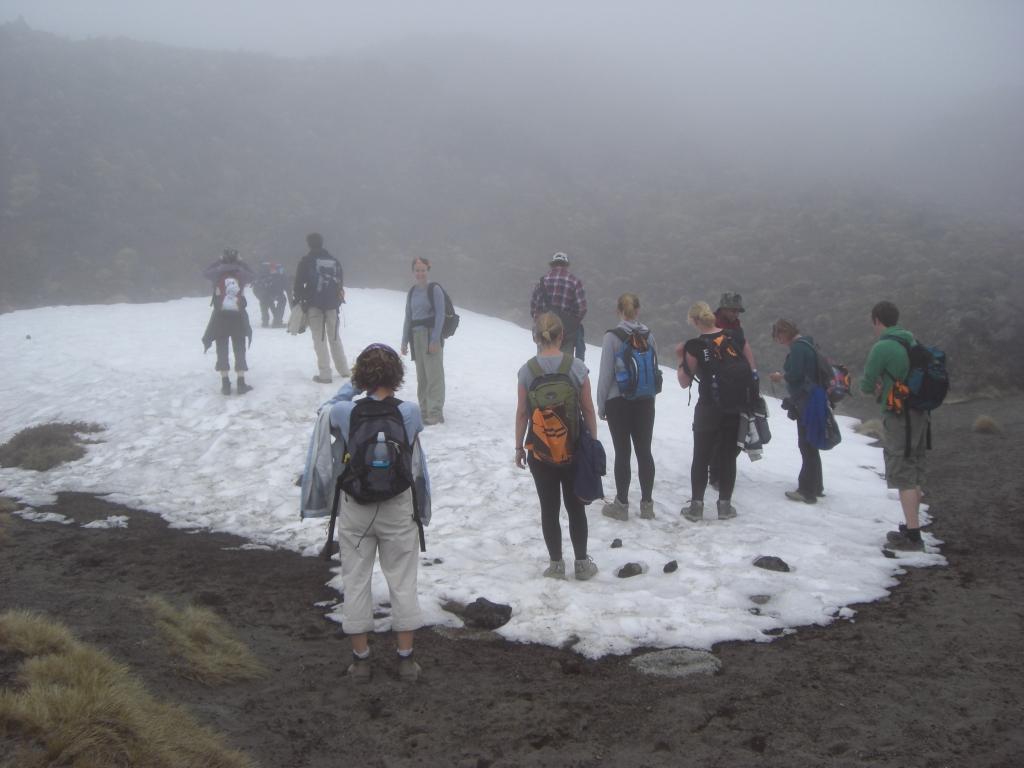 Backpacker im Schnee